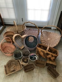 Nice lot of Baskets!!! Price is for all !!! Gainesville, 20155
