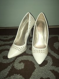 Women's high heels                    •closet clean out• Toronto, M3H 2T6