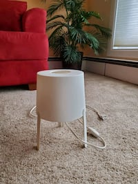 White table lamp (extra bulbs incl) Owings Mills, 21117