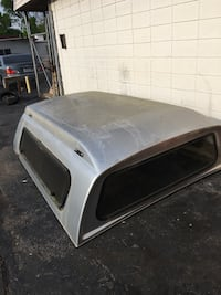 Used silver camper shell for sale in Benton - letgo