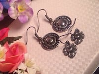 Earrings  3148 km