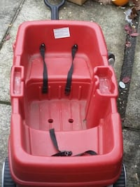 red and black car seat carrier Redmond