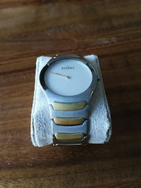 silver-and-gold-colored analog watch with link bracelet Edmonton, T5N 3V8