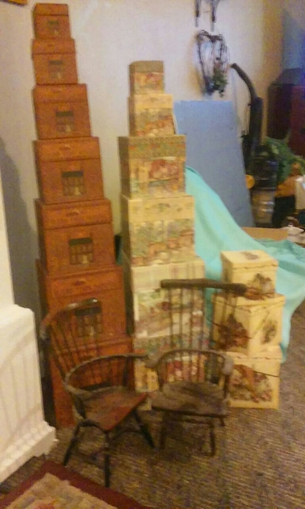3 sets stack box's and 2 small chairs