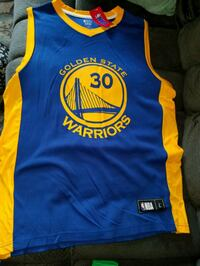 New men's size large Warriors jersey Modesto