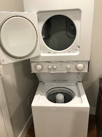 Whirlpool Washer/Dryer (gas) Stack