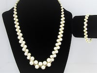 1970'S VINTAGE BRAIDED STYLE GOLD TONE AND FAUX PEARL NECKLACE AND BRA