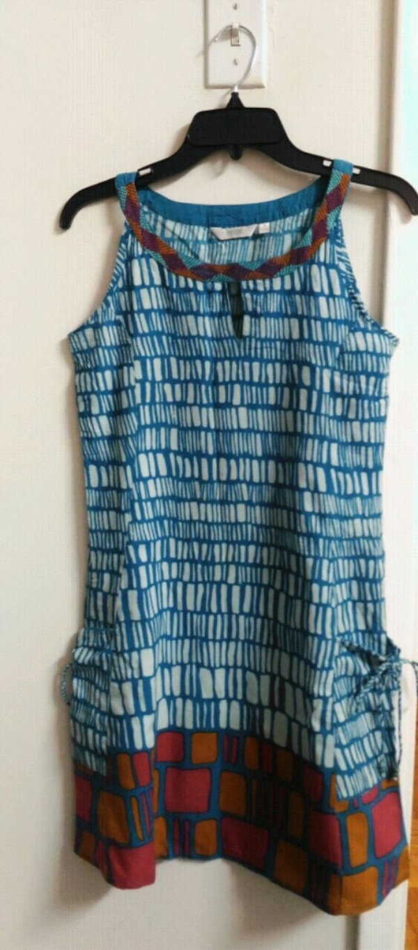 blue and black sleeveless dress