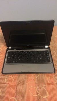Black and gray hp laptop 1953 km