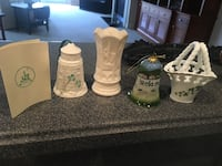 Irish Belleek set from Ireland 14 km