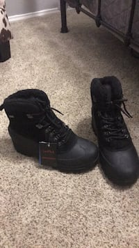 Brand new snow boots San Angelo, 76904