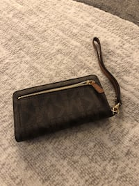 Michael Kors Wristlet Germantown, 20874