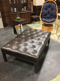 Wide Tufted Leather Bench