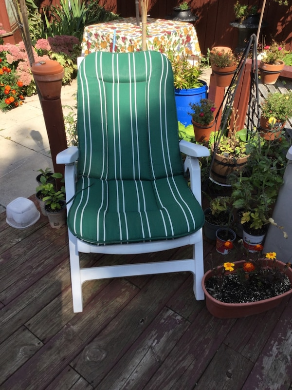 Used White Wooden Adirondack Chair With Green And Stripe Cushion For In Collingwood Letgo
