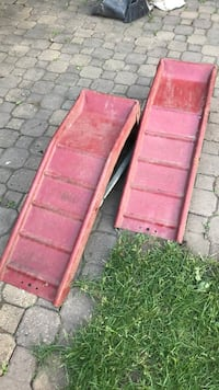 two red and brown wooden boards Montréal, H1R 2M8