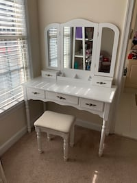 Vanity, Makeup Dress Table with Cushioned Ottoman Arlington