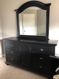 Dresser and nightstand  Guelph, N1G 1R7