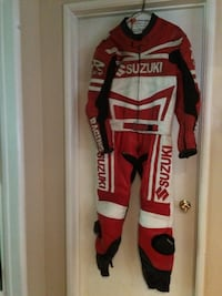 White and red suzuki racing suit La Mirada, 90638