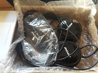 black Apow corded headphones
