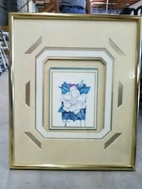 white and blue flower painting with brown wooden frame Morristown, 37813