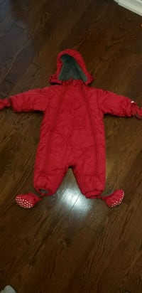 Infant snowsuit Hamilton, L9A 0B1