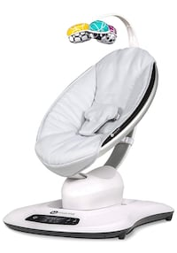 Mamaroo 2017 v4 like new with infant insert Toronto, M4S 1E1