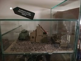 Tiger ve Sharman Tank Model Maket