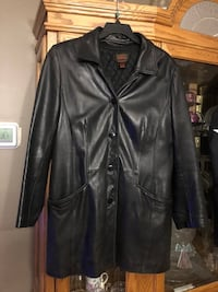 BLACK DANIER 3/4 LENGTH COAT LG North Dumfries, N0B
