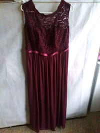 Bridesmaids dress size 16 will fit size 12-14  Columbus, 43228
