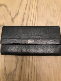 Gucci black leather wallet  Toronto, M5P 3L6