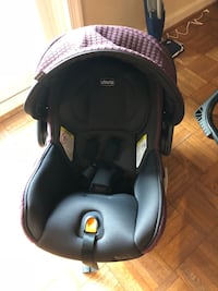 Chico Fit2 Infant Car seat with base Springfield, 22152