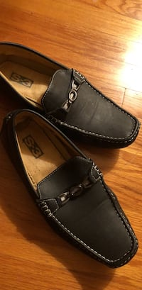 pair of black leather loafers Tucker, 30084