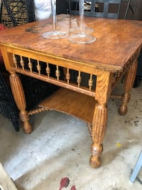 Antique oak table. Mirror top included. Germantown, 20876