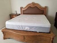 KING SIZE VILLA SONOMA BED AND NIGHTSTAND $1200/OBO Sterling, 20166