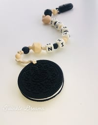 Biscuits baby teether and pacifier holder  Richmond, V6Y 1P3