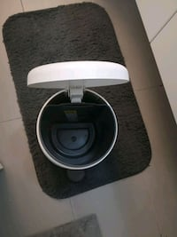 Toilet  garbage Can
