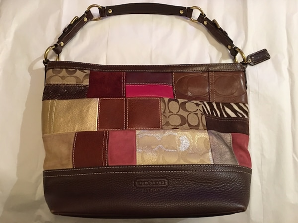 ... and the patchwork design offers the bag some stylish texture Source · Used  Coach Patchwork Purse for sale in Hollister letgo 59b353b348b09