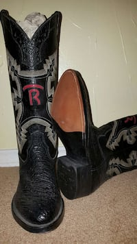 Charcoal custom made ostrich boots Women Size 6.5 Edmond, 73013