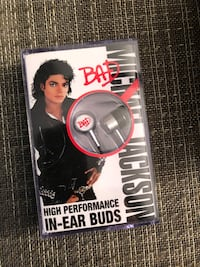 Michael Jackson Ear buds never been open collectors item pick up only