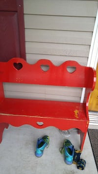 red heart cut wooden bench Bolivia, 28422