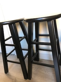 Two stools (great condition) Santa Monica, 90401