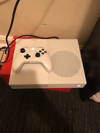 Xbox One S Washington, 20020