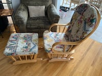 Rocking chair and ottoman Vaughan, L4H 1J6
