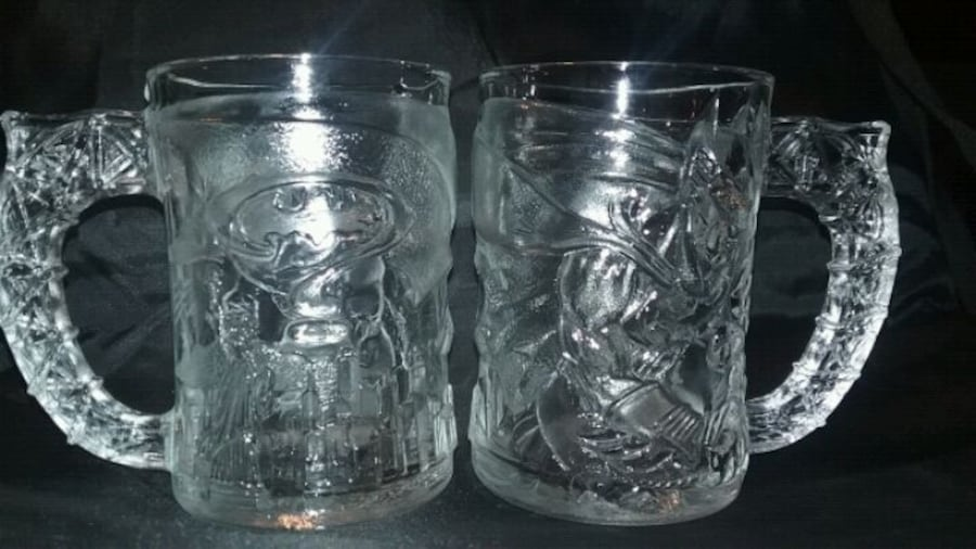 McDonald's Batman Forver 1995 glass/mug set 52340f65-0b7b-4f69-be19-54b0270d8361