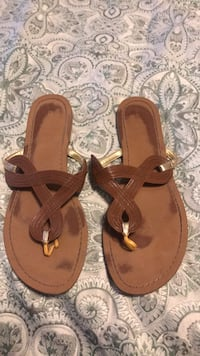 Sandals Size 8 Springfield, 22152