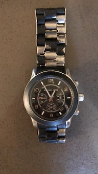 round silver-colored chronograph watch with link bracelet Los Angeles, 90036