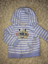 Baby 12 months sweater hoodie  Mississauga, L5E 2G8