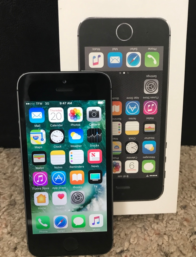 iphone 5s tracfone letgo space gray tracfone iphone 5s in locust grove ga 11257