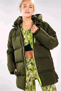 Voyage Puffer Coat  With protective hoodie Columbia, 21044