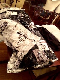 """""""Cities of the World"""" Queen Comforter duvet and 2 reversible shams Wake Forest, 27587"""